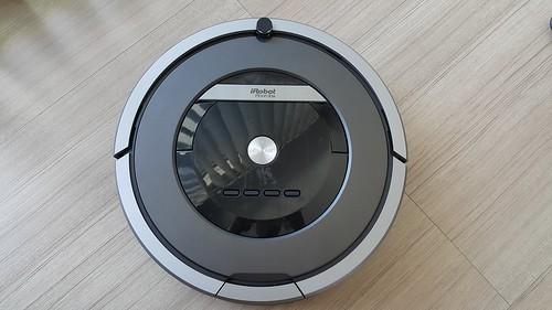ด้านบนของ iRobot Roomba 870
