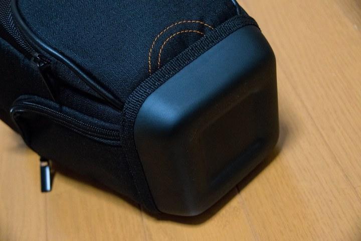 Amazonベーシック 一眼レフ用カメラホルスター ブラック