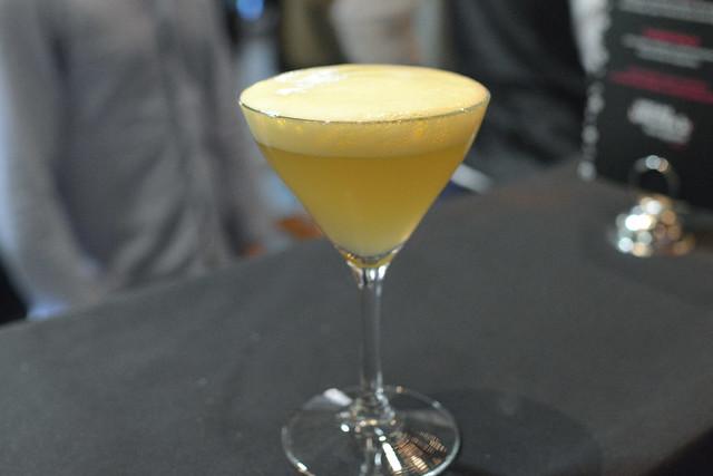 En Fuego fortaleza reposado tequila, del maguey chichicapa, apry, lime, cara cara oranges