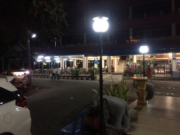 161025 タイシーフードレストラン1