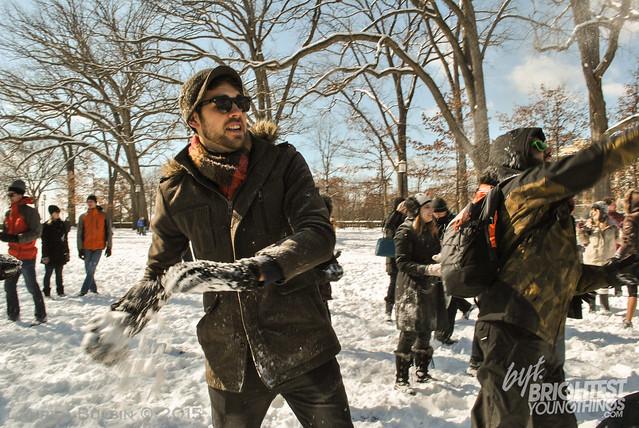 SnowballFight2015-12