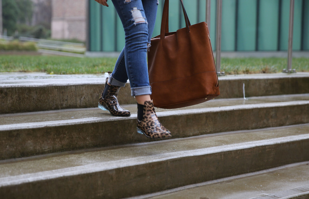 hot sale latest sale classic style J.Crew Chelsea Rain Boots Review and Outfit