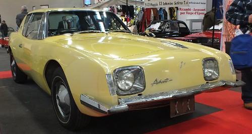 Studebaker Avanti 1964 (1)