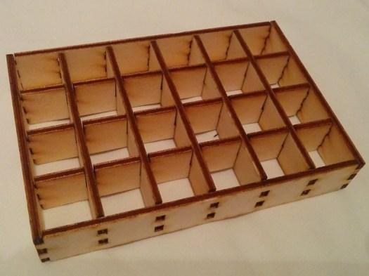 Gelaserter Rahmen fuer MaxiLamps