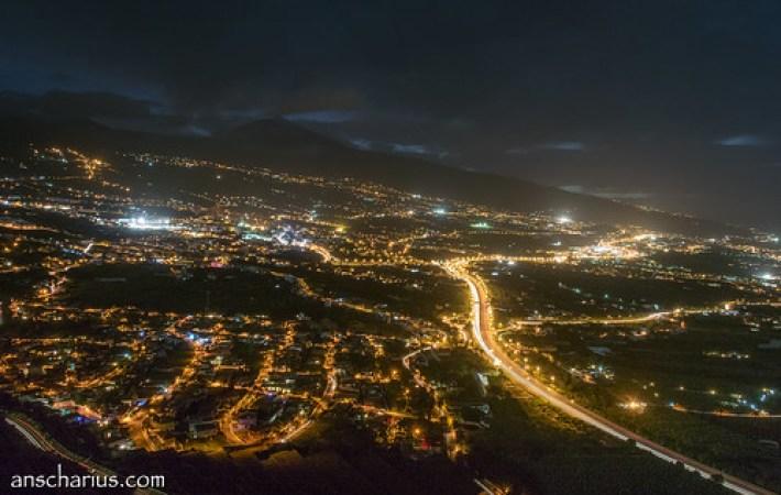 Puerto de la Cruz after Sundown - Nikon 1 V3