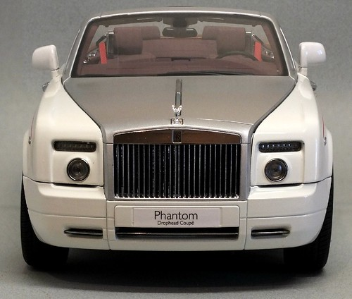 Kyosho RR Phantom coupé 1-18 (30)