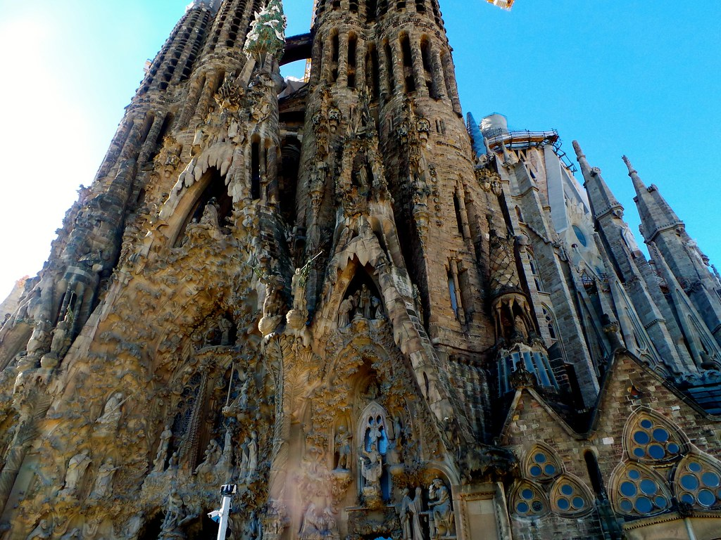 Sagrada Família - Barcelona FEB 2015, Best place to stay in Barcelona