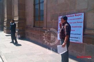 Exhibe ex diputado foto de Cándido con sospechoso de asesinato de Cecilia Izaguirre