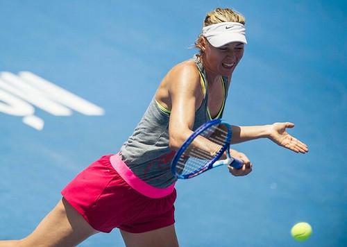 La tenista rusa Maria Sharapova durante un entrenamiento en Acapulco el 22 de febrero. Foto Reuters