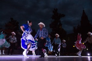 Gran éxito el Folk Fest, homenaje a la tierra del IPBA