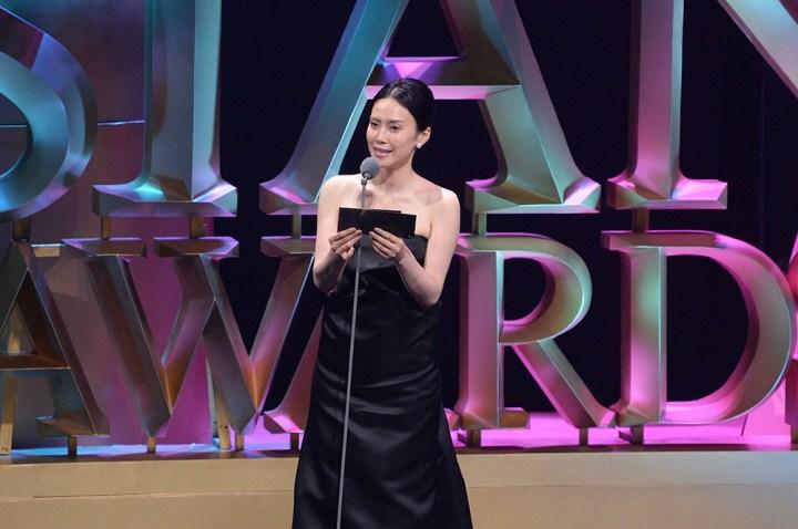 Miki Nakatani on stage
