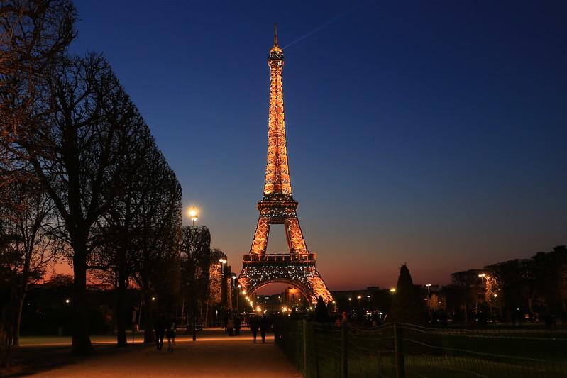 【法國。巴黎輕旅行】艾菲爾鐵塔登頂攻略 @ Travel and Life :: 痞客邦