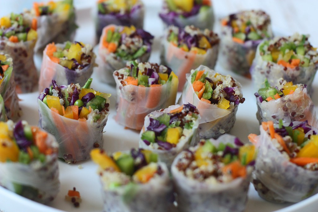 Vegetable-Quinoa stuffed Rolls with Sweet and Spicy Green Chutney