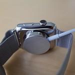 Apple Watch 充電。。。