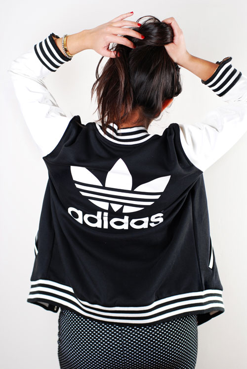 adidas-varsity-jacket-black-white-2