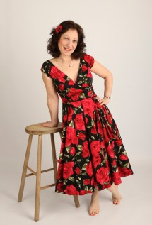 Lonnie In Red Rose Dress With Bare Feet Leaning