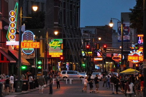 small resolution of city people music food usa musicians architecture fun neon outdoor memphis tennessee blues neonlights nightshots bealestreet