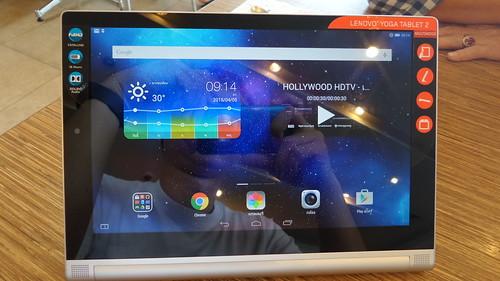 Lenovo Yoga Tablet 2 10.1 ด้านหน้า