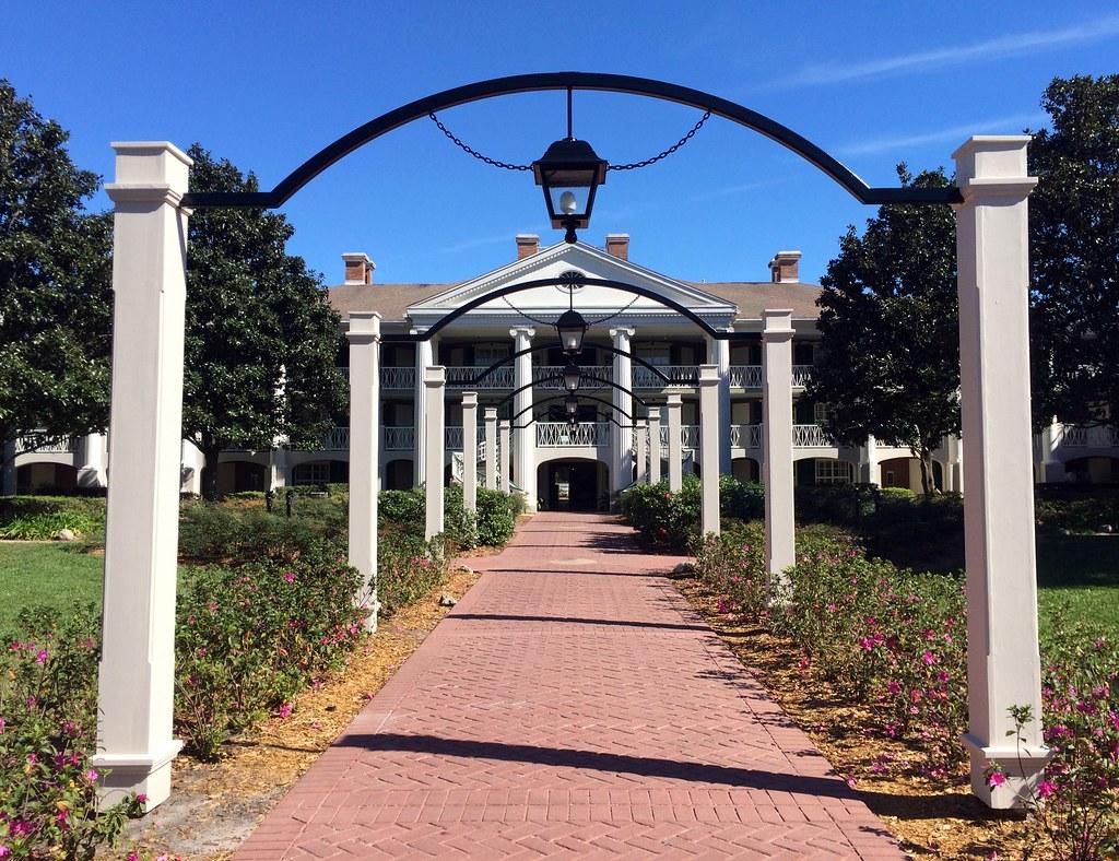 Orlando - Disney World - Disney's Port Orleans Resort - Riverside - Magnolia Terrace