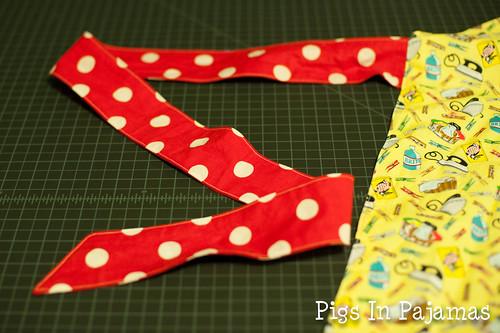 Apron waist ties