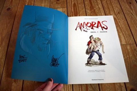 signed copy of Amoras #1