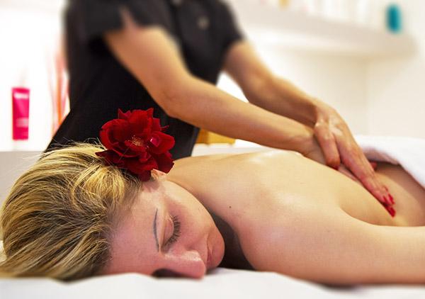 Trattamenti corpo, massaggi, ayurvedici, scrub