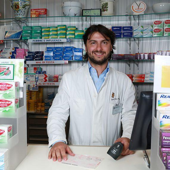 Paolo Fornaro, Farmacista Farmacia Fanchiotti Vale Giulio Cesare Novara