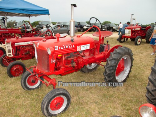 small resolution of 1947 farmall tractor parts 1947 tractor engine and farmall h transmission diagram 1948 farmall cub tractor wiring diagram