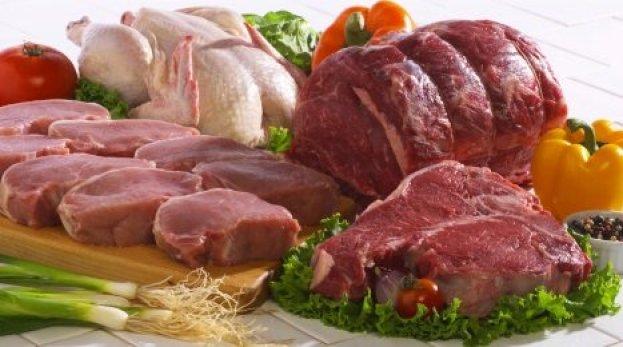 Гипертоникам следует отдавать предпочтение курице, индейке или телятине без добавления масла.