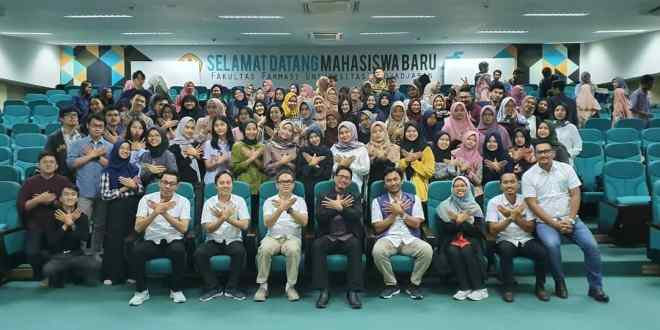 Farmasi Unpad Mulai Program Training Farmasi Industri 2020 di Kampus
