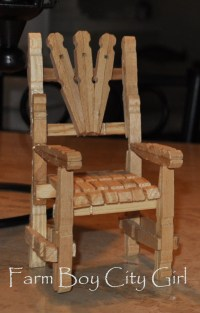 Barbie Doll Clothes Pin Chair