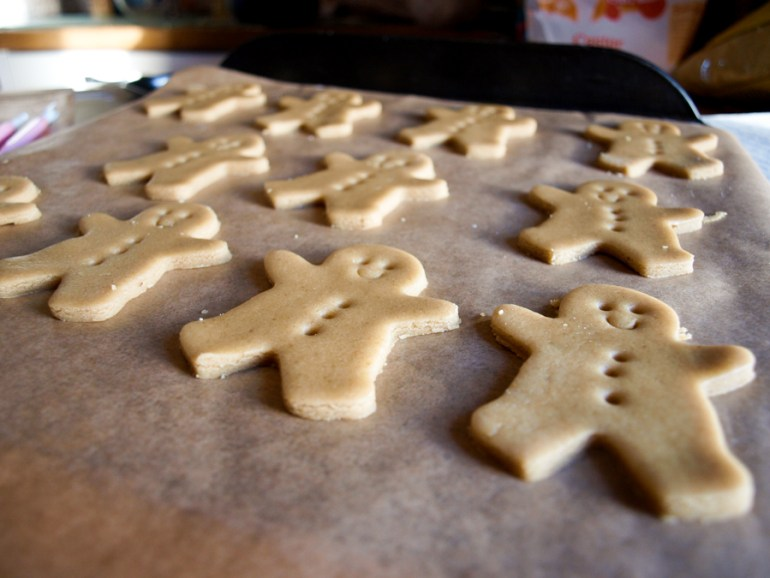 a tray of sweet gingerbread men ready for the oven
