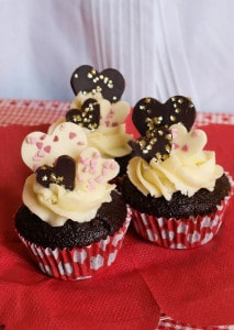 Chocolate Gingerbread Cupcakes for Valentines