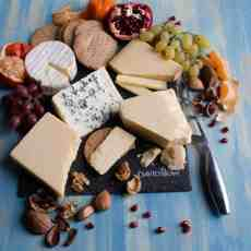 Enjoy some incredible Davidstow Cheddar on your Festive Cheeseboard