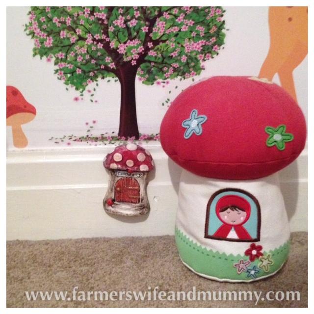 Christmas Fairy Doors – Farmer\'s Wife and Mummy