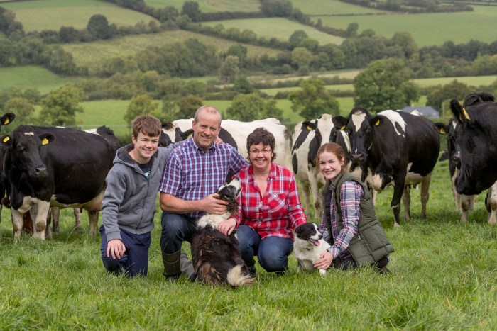 17-9-16 Lorna Sixsmith and Brian James pictured with their kids Will and Kate on the farm in Co. Carlow. Picture Dylan Vaughan