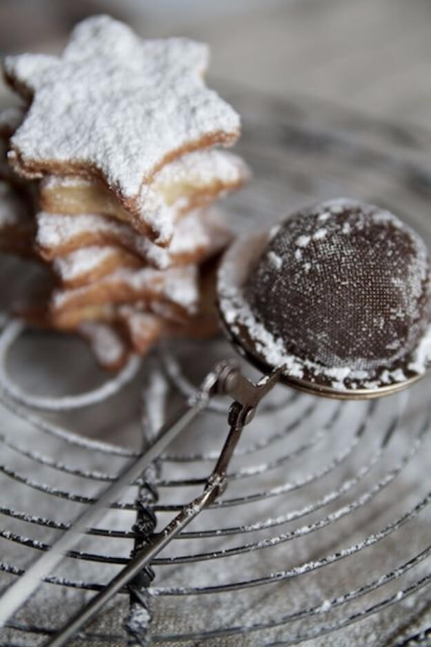 Use A Tea Strainer As Powdered Sugar Duster