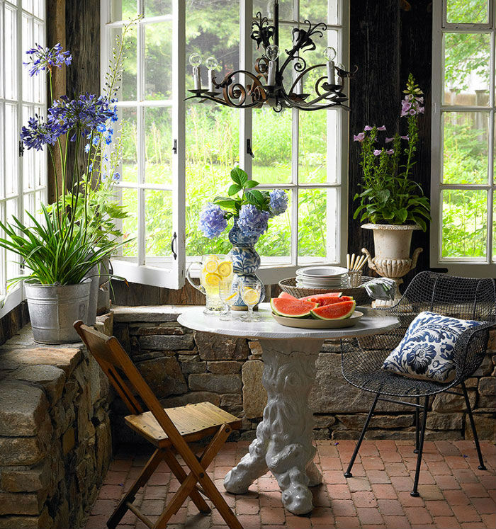 Indoor-Outdoor Nook Breakfast