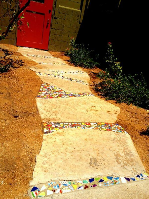 Fun and Cheap Stepping Stone Idea