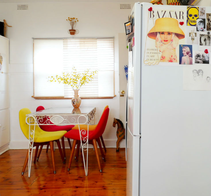 Funky Fit Breakfast Nook Idea
