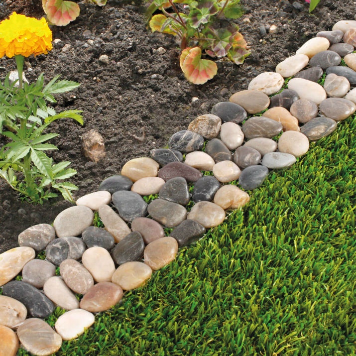 DIY Lawn Edging Ideas For Beautiful Landscaping: Pretty Polished Multicolored Stone Edge