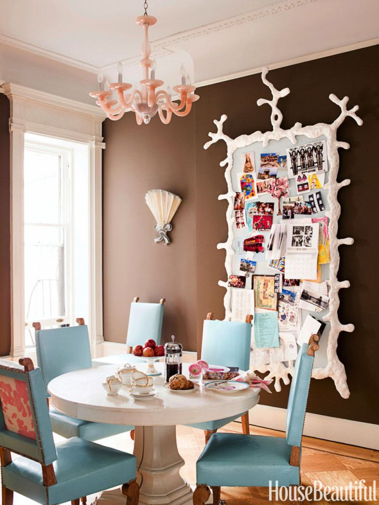 Family Fun Zone Breakfast Nook Idea