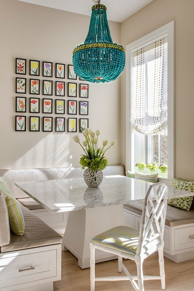 Floral Charm Breakfast Nook Idea