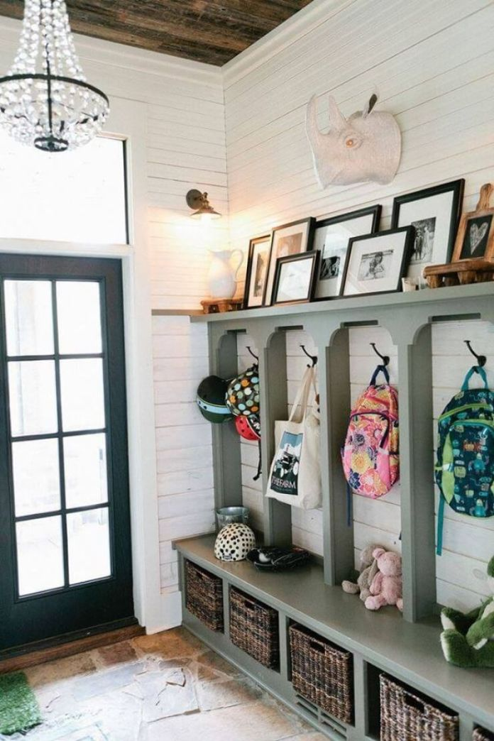 Simple Hooks and Baskets Make for Great Rustic Entryway Decorating Ideas