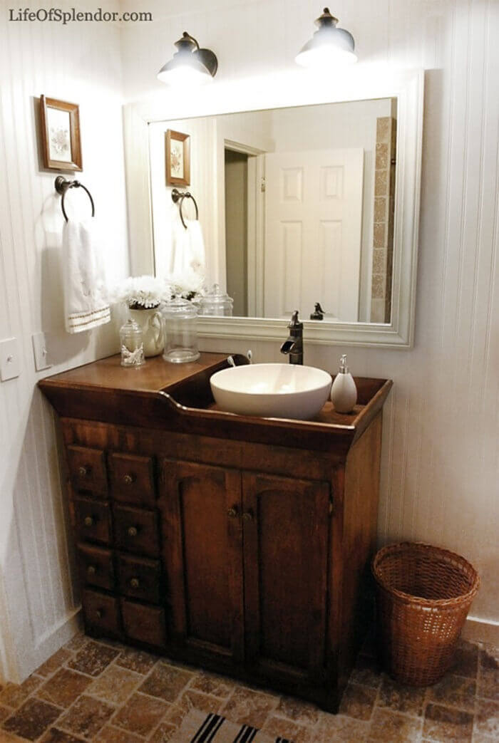 One-Sink Bathroom Table with Dark Wood