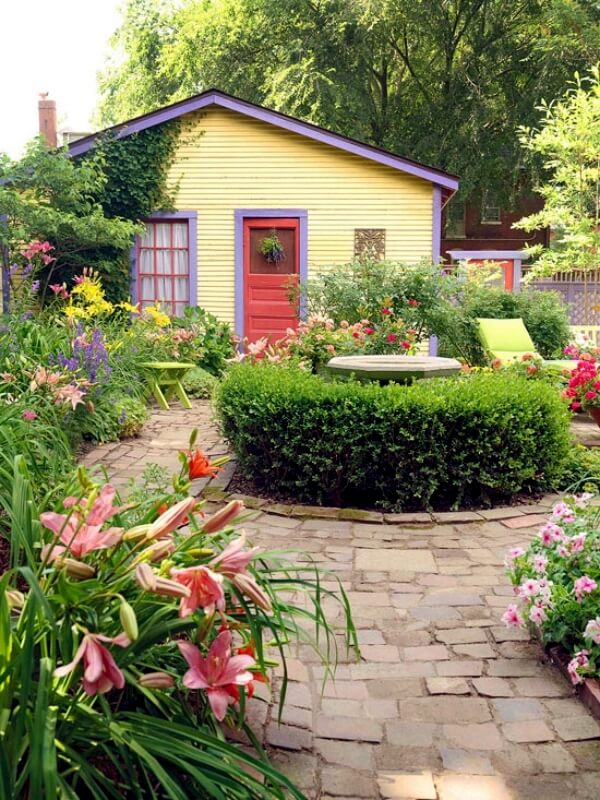 Country Garden for a Country Cottage