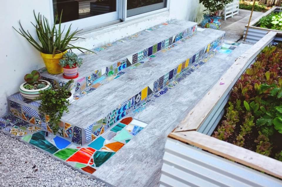Easy DIY Mosaic Step Decorations