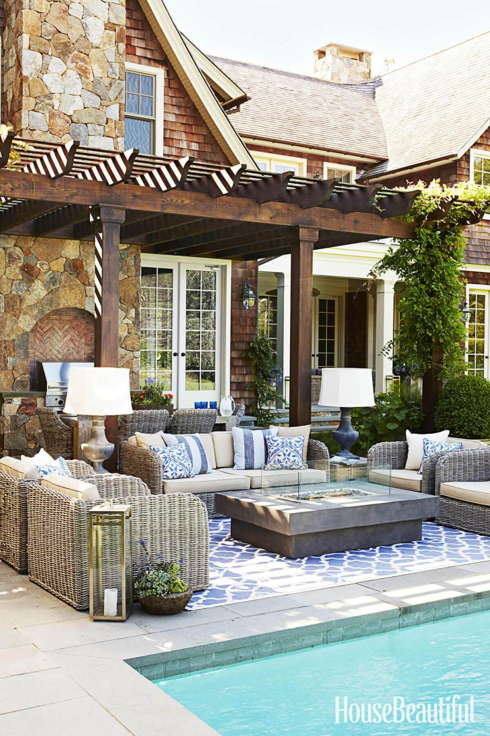 DIY Pergola Ideas: Tropical Parlor Outdoor Pergola Set