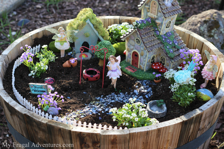 Barrel Planter DIY Fairy Garden| fairy garden accessories | miniture fairy garden ideas inspiration | homemade fairy garden decorations