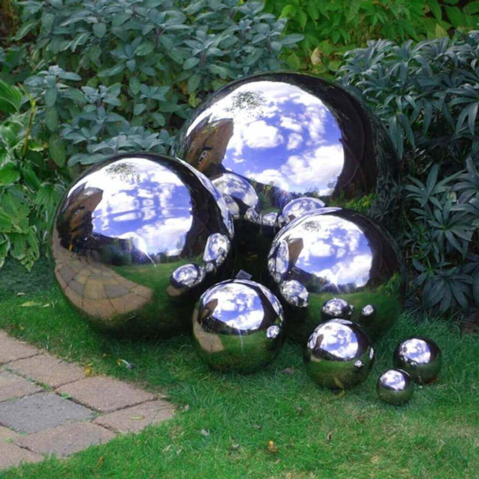 Amazing Chrome Finished Garden Balls | DIY Garden Ball Ideas